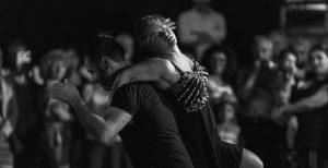 passi nel tempo storia di un abbraccio